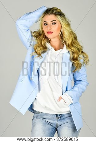 Pretty Woman Layered Outfit. Gorgeous And Stylish. Impeccable Style. Spring Fashion Trend. Fashion O