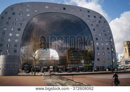 Rotterdam, Netherlands - March 9, 2020: Exterior View Of Markthal (market Hall) In The Daytime