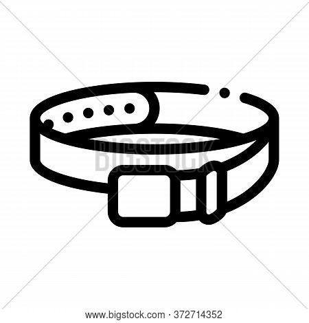 Leather Belt Icon Vector. Leather Belt Sign. Isolated Contour Symbol Illustration