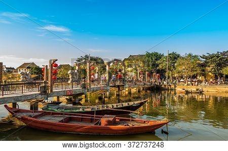 Hoi An, Quang Nam/vietnam January 4th 2015afternoon Sun Falling On The Cau An Hoi Bridge On The Thun