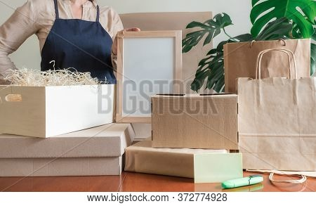 Worker Delivery Service Packing Bag Box Apron Packer Hand Post Office