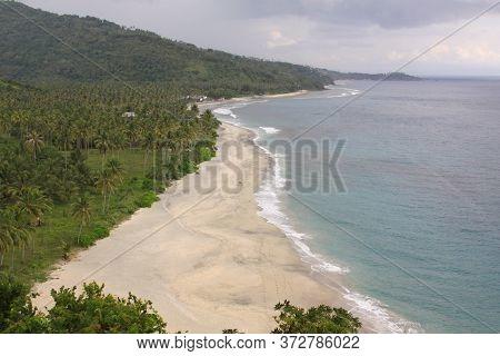 Pantai Setangi With Nobody On The Beach, Near Senggigi, Lombok, Indonesia. Exotic Tropical Destinati