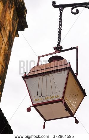 Bordeaux , Aquitaine / France - 10 17 2019 : The Baillardran Company Lamp Sign Store Traditional Can