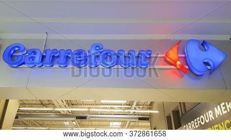 Bordeaux , Aquitaine / France - 10 17 2019 : Carrefour Supermarket Sign Mall Logo Store Hypermarket