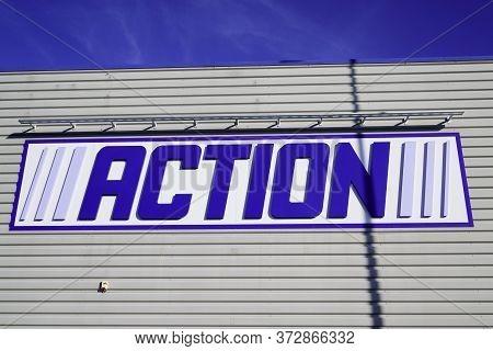 Bordeaux , Aquitaine / France - 01 22 2020 : Action Logo Sign Superstore Dutch Discount Store Chain