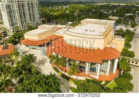 Fort Lauderdale, Fl, Usa - June 25, 2020: Aerial Photo Of The Broward Center Of The Performing Arts