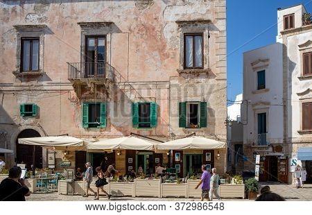 Polignano A Mare, Italy - September 17, 2019: Vittorio Emanuele Ii Square In Polignano A Mare. Apuli