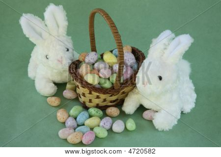 Miniature Easter Basket With Bunnies