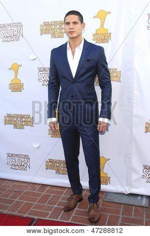 BURBANK - JUN 26: J D Pardo at the 39th Annual Saturn Awards held at Castaways on June 26, 2013 in Burbank, California