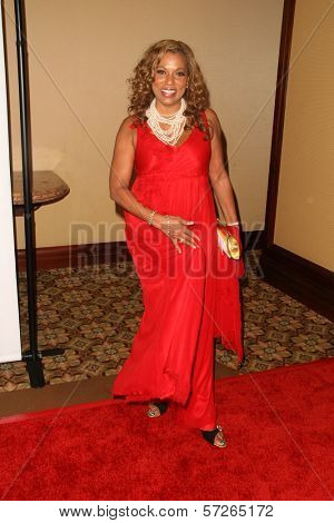 Rolonda Watts  at the 2010 BraveHeart Awards, Hyatt Regency Century Plaza Hotel, Century City, CA.  10-09-10