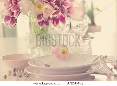 Plate and tulips decoration