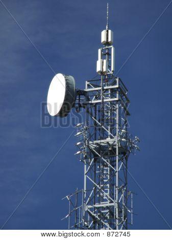 Wireless Gsm Transmitter Tower Top