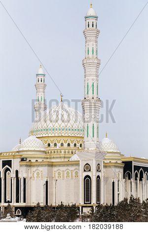 New mosque in the capital of Kazakhstan. The Mosque Hazrat Sultan in Astana