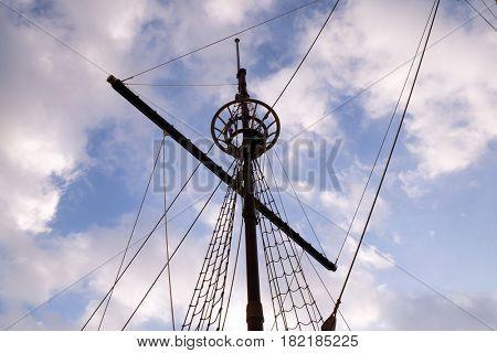 DUBROVNIK, CROATIA - NOVEMBER 30: Mast of motor sailboat Karaka in port of Dubrovnik, Croatia. Replica of 16th c. sailing vessel karaka type, provides cruises around Dubrovnik, on November 30, 2015.