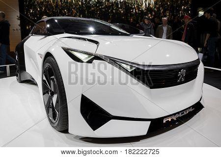 Peugeot Fractal Car