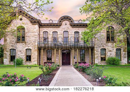 Public library in Fredericksburg Texas with limestone veneer