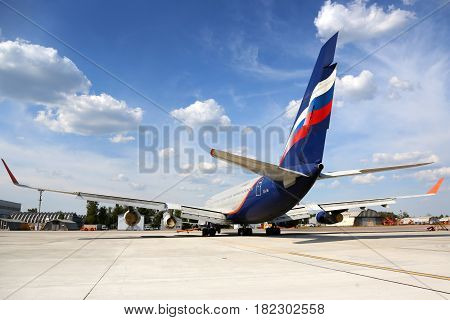 SHEREMETYEVO, MOSCOW REGION, RUSSIA - JULY 31, 2014: Aeroflot Ilyushin IL-96-300 RA-96007 standing at Sheremetyevo international airport.