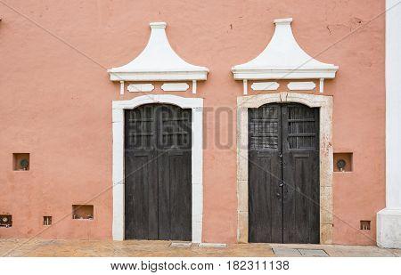 Building in a city of Valladolid Mexico
