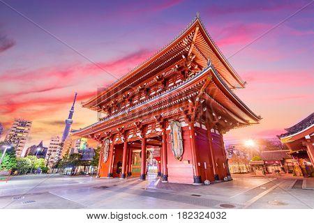 Temple gate in Tokyo, Japan.
