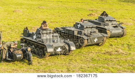 A Meeting In The Meadow Of Lovers Of Vehicles From The Second World War.