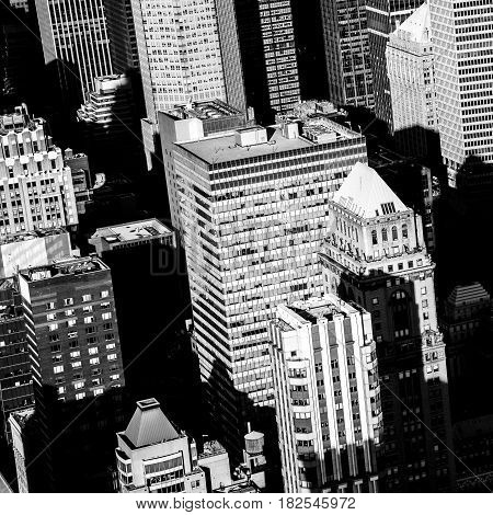 midtown manhattan skyscrapers from above in black and white