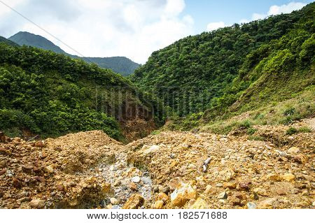 Dominica boiling lake mountains and hike and clouds