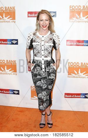 NEW YORK-APR 19: Actress Amy Hargreaves attends the Food Bank for New York City's Can-Do Awards Dinner 2017 at Cipriani's on April 19, 2017 in New York City.