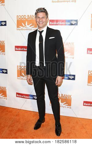 NEW YORK-APR 19: David Burtka attends the Food Bank for New York City's Can-Do Awards Dinner 2017 at Cipriani's on April 19, 2017 in New York City.