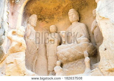 Sichuan, China - Mar 29 2015: Budda Statues At Qianfoya Scenic Area. A Famous Historic Site In Guang