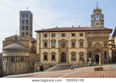 Pieve di Santa Maria and Fraternita Palace on Piazza Grande - Arezzo, Italy, 24 September 2011