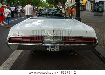 BERLIN - JUNE 05 2016: Full-size car Plymouth Fury III Convertible 1968. Classic Days Berlin 2016.