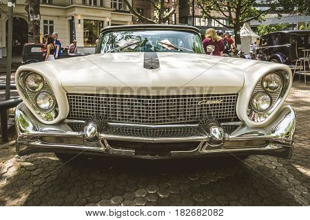 BERLIN - JUNE 05 2016: Full-size luxury car Lincoln Continental Mk III. Vintage toning. Classic Days Berlin 2016.