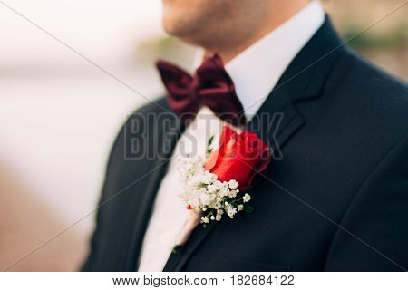 Wedding flower boutonniere groom. Wedding in Montenegro.