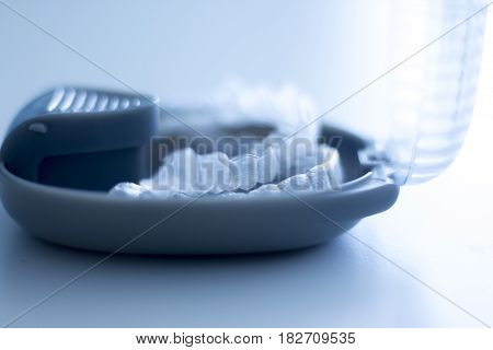 Invisible Dental Brackets Case