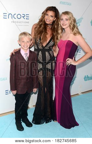 LOS ANGELES - APR 18:  Charisma Carpenter, guests at the Thirst Gala 2017 at Beverly Hilton Hotel on April 18, 2017 in Beverly Hills, CA