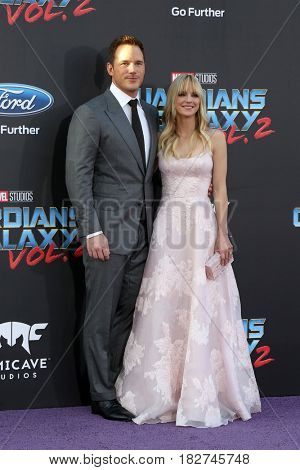 LOS ANGELES - APR 19:  Chris Pratt, Anna Faris at the