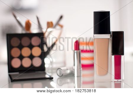 Professional Makeup Brushes And Tools