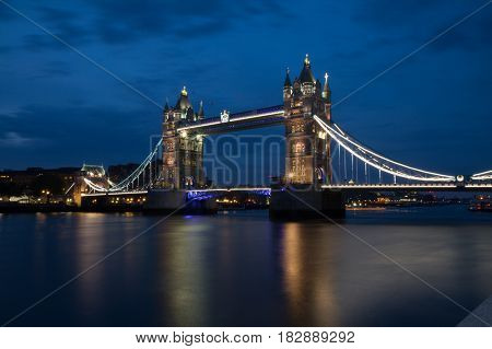 London Tower Bridge United Kindom at night