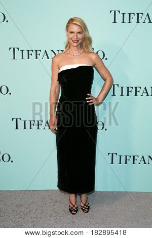 BROOKLYN, NY-APR 21: Actress Claire Danes attends the Tiffany & Co. 2017 Blue Book Collection Gala at St. Ann's Warehouse on April 21, 2017 in Brooklyn, New York.