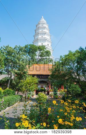 Shanxi, China -  Sept 07 2015: White Pagoda At Wubian Temple. A Famous Historic Site In Taigu, Shanx