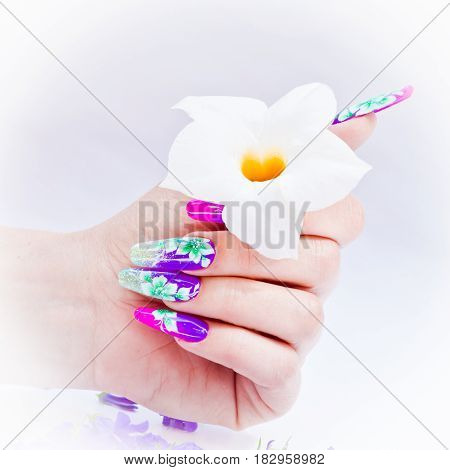 Nails Decorated With Floral Arrangements For A Colorful Spring And A Beautiful Summer