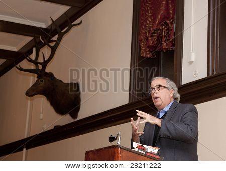Hoboken Dec 8: Autor Jim Fusilli erläutert, während das Buch seinem jüngsten Roman