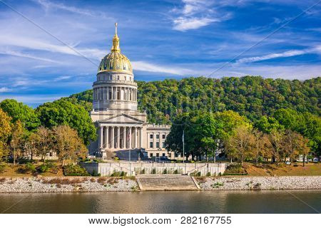 West Virginia State Capitol on the Kanawha River in Charleston, West Virginia, USA.