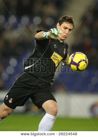 BARCELONA - JAN. 24: RCD Espanyol Goalkeeper Cristian Alvarez during the Spanish League match against Mallorca at the Estadi Cornella on January 24, 2010 in Barcelona, Spain