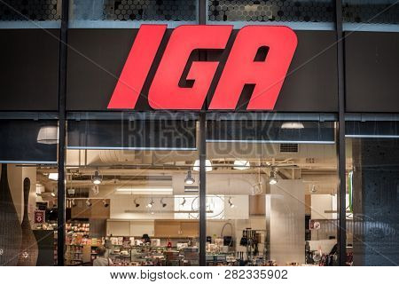 Montreal, Canada - November 9, 2018: Entrance Of An Iga Supermarket With Its Logo. Also Known As Ind