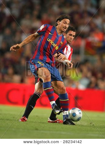 BARCELONA, SPAIN - AUG. 23: Futbol Club Barcelona's Swedish Zlatan Ibrahimovic during Supercup match between Barcelona vs Athletic Bilbao at the New Camp Stadium in Barcelona on August 23, 2009.