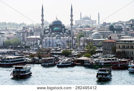 Istanbul, Turkey - April 30, 2018: Moning View Of The Golden Horn Bay With The Eminonu Pier On The B