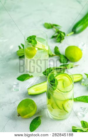 Detox Cocktail Of Cucumber And Mojito Cocktail