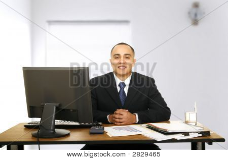 Financial Advisor Waiting