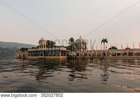 Jag Mandir, Also Called The Lake Garden Palace And Built On An Island In Lake Pichola At Udaipur In